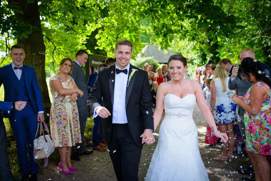 norcliffe chapel wedding confetti