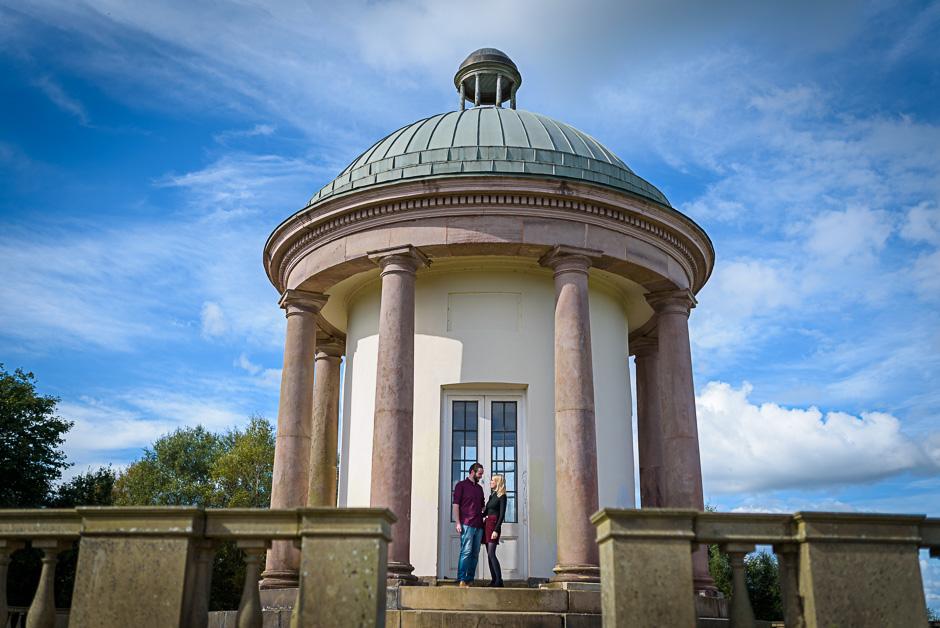 wedding photographer manchester - heaton park engagement shoot